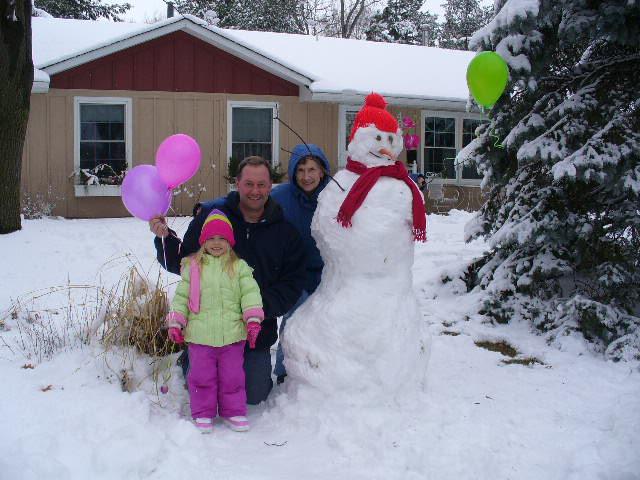 bri & grace snowman 019 (1)
